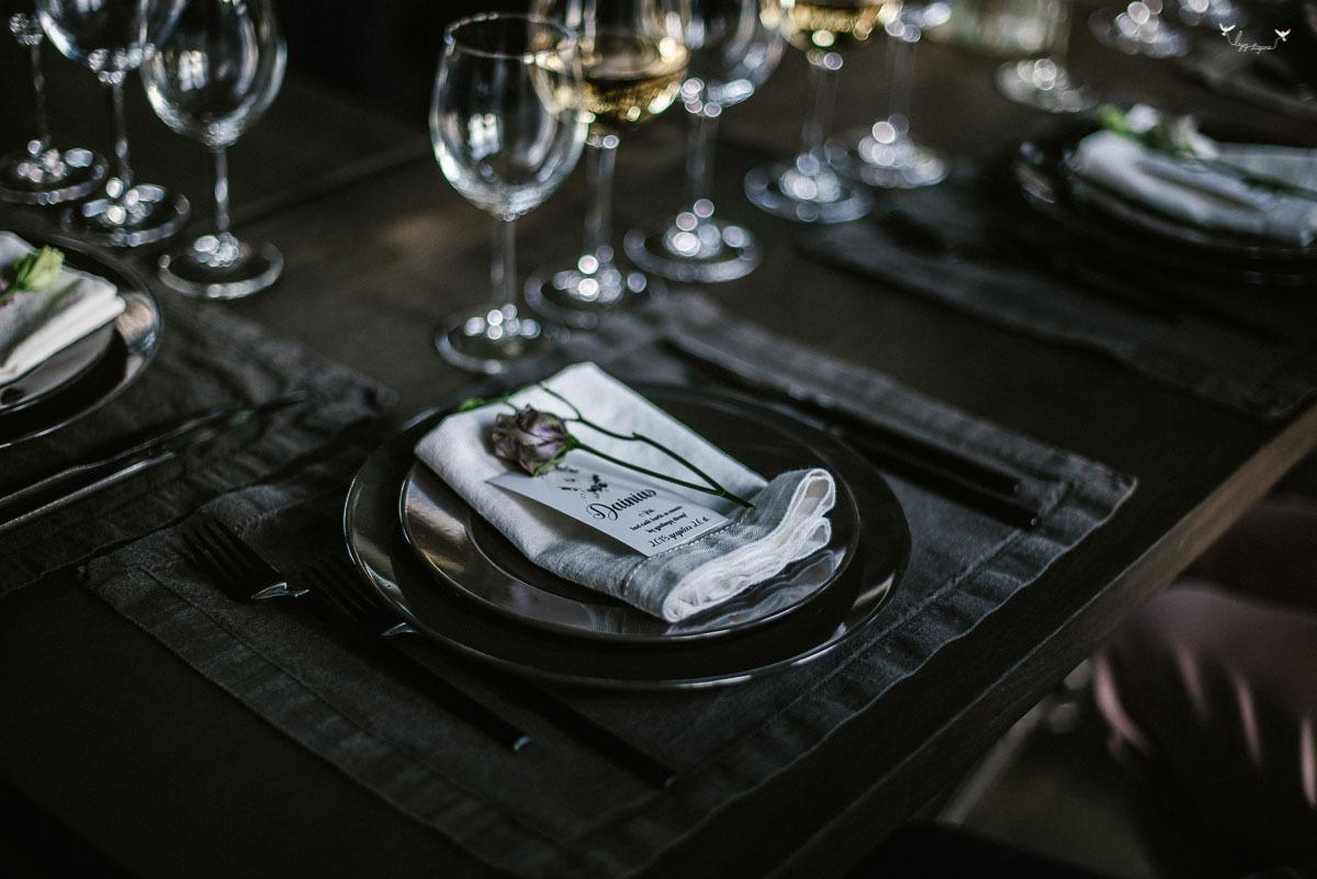 Food in the wood dekoras