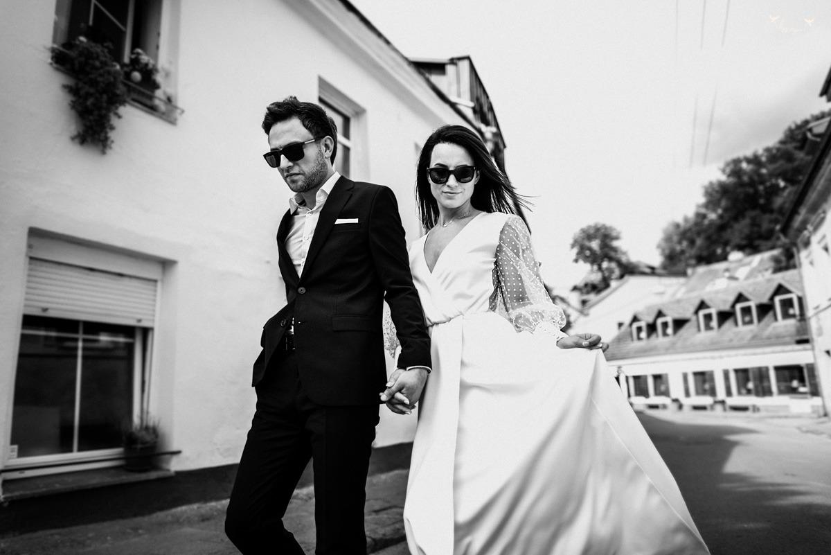 vestuviu fotosesija Vilniaus senamiestyje