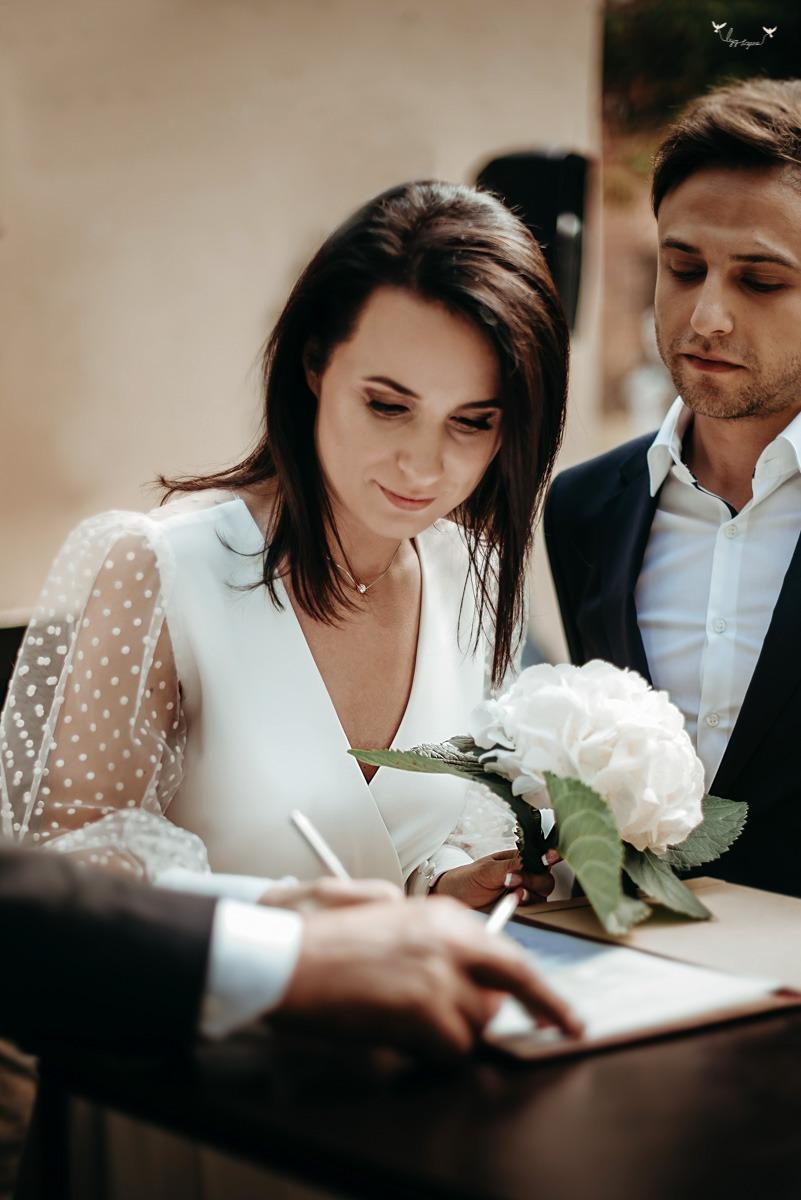 Išvažiuojamoji vestuvių ceremonija Užupyje
