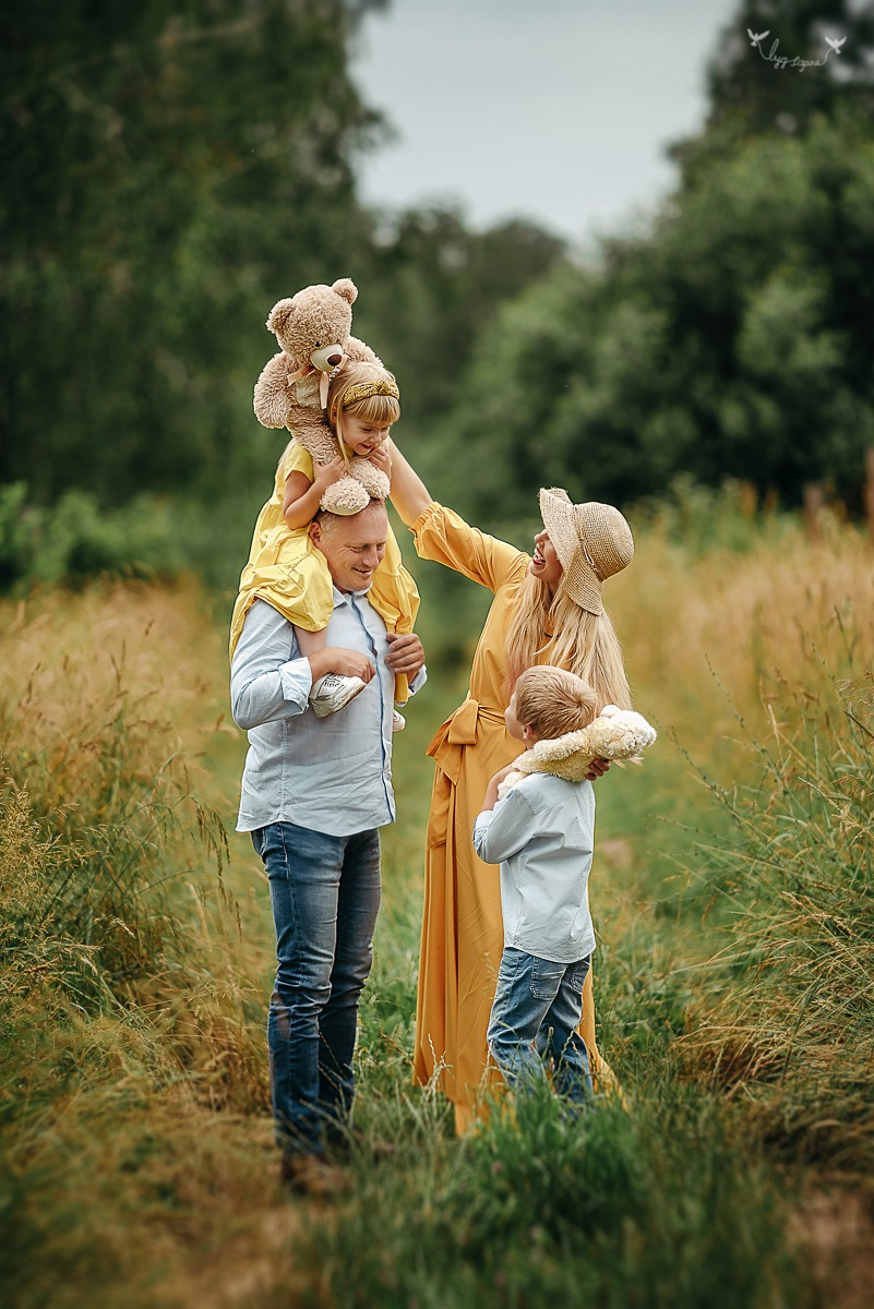 Šeimos fotosesija gamtoje