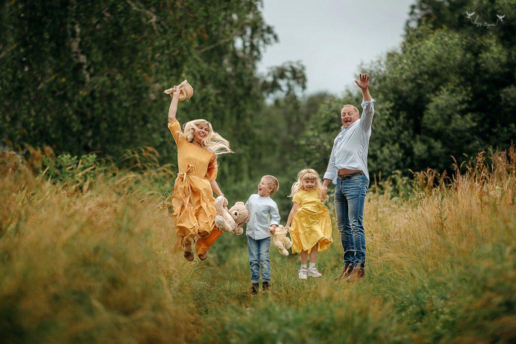 Aistės šeima šeimos fotosesija